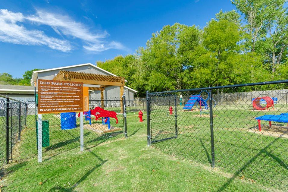 Dog Park at Listing #143445