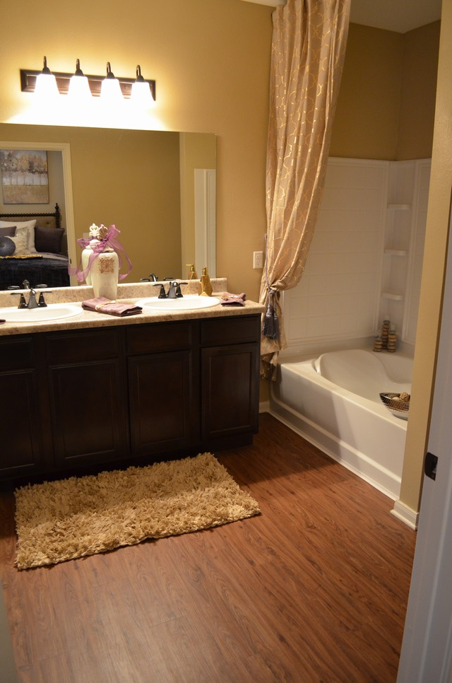 Bathroom at Listing #281738