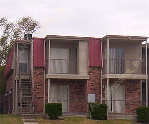 Bay Pointe Apartments