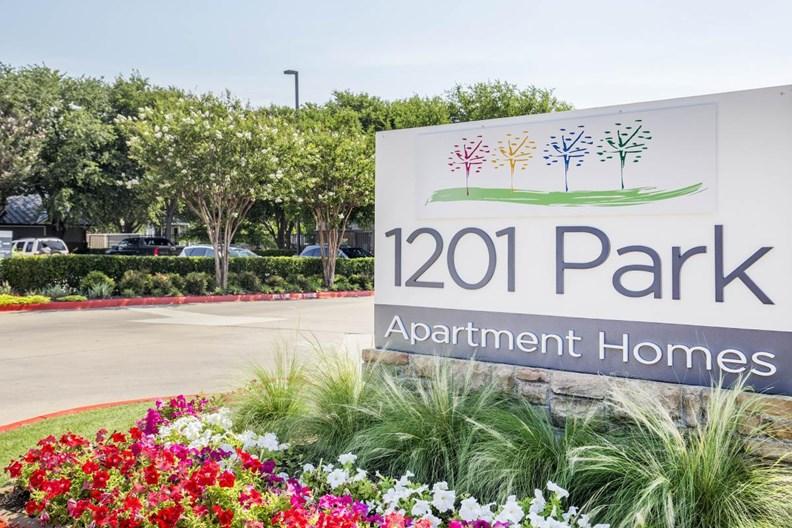 1201 Park Apartments
