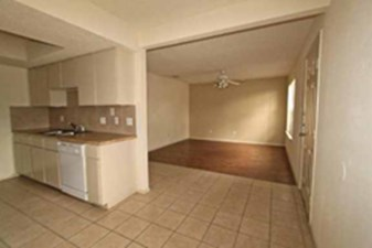 Living at Listing #211555