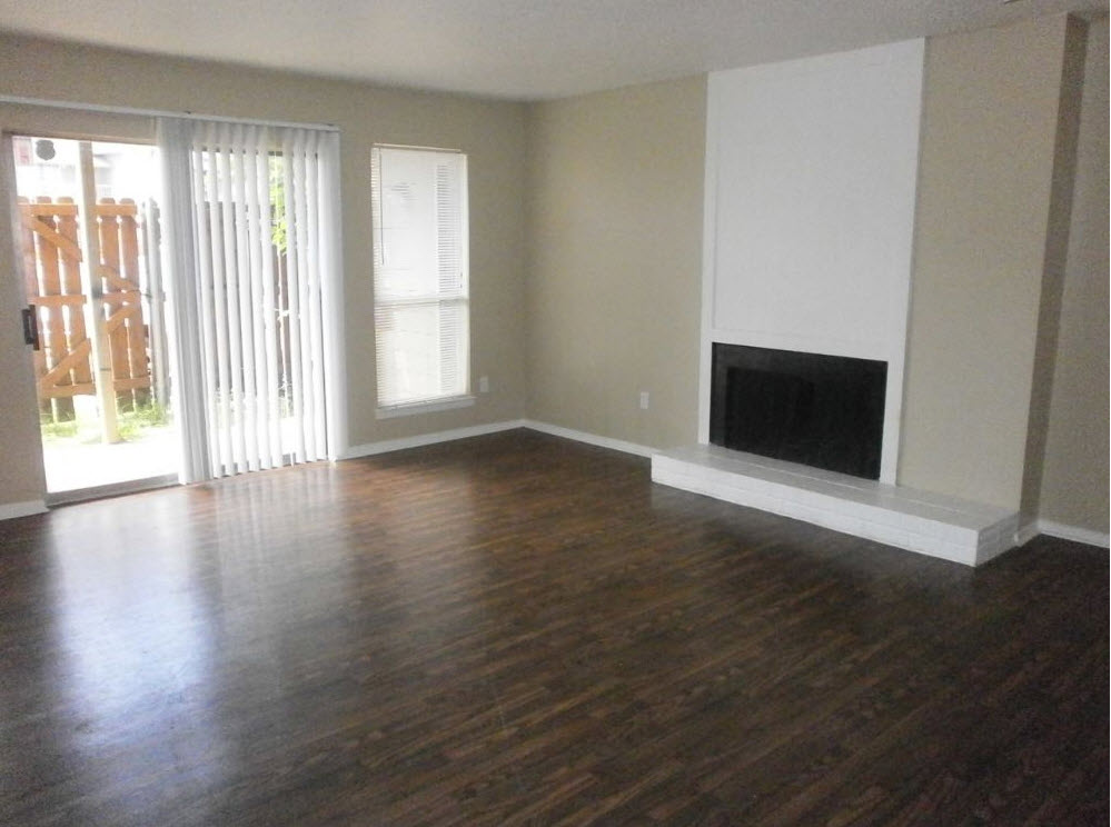 Living at Listing #135659