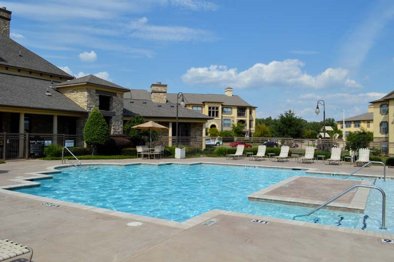 Pool at Listing #143449