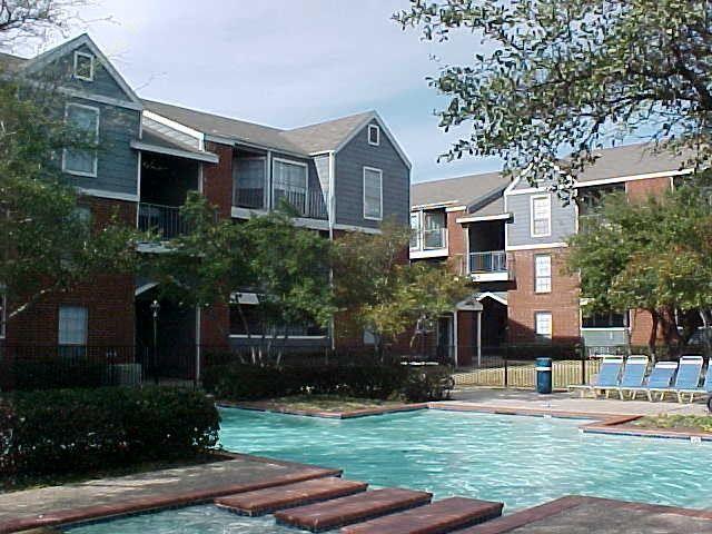 Heatherwood Apartments