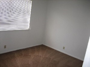 Bedroom at Listing #145793