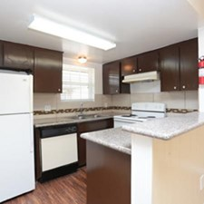Kitchen at Listing #139640
