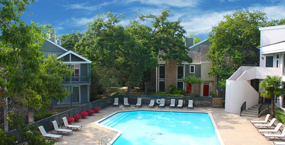 Pool at Listing #138878
