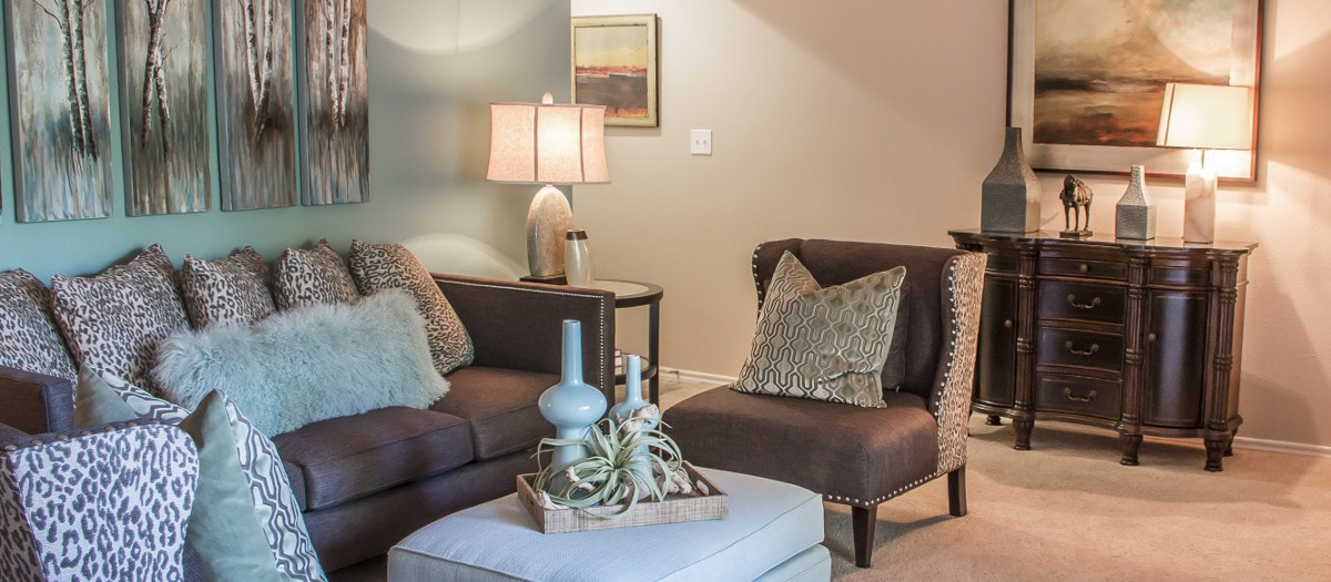 Living at Listing #140465