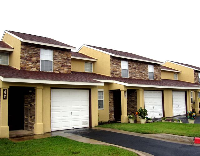 Exterior at Listing #141422