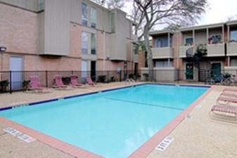 Pool at Listing #138272