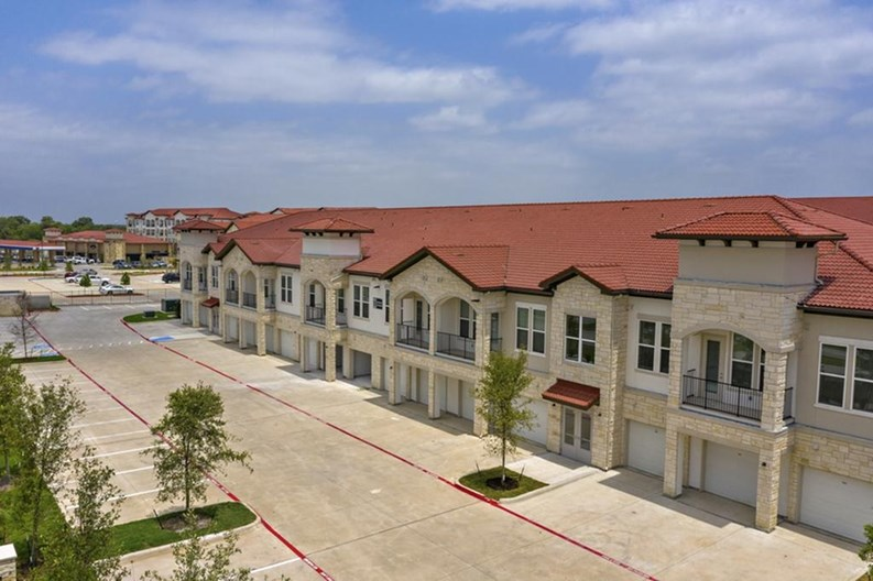 Mansions Lake Ridge Apartments