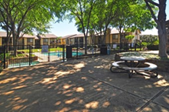Copper Canyon Bedford - $775+ for 1, 2 & 3 Bed Apts