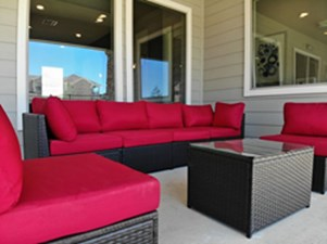 Lounge at Listing #305681