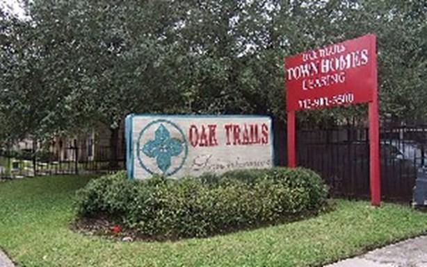 oak trail townhomes