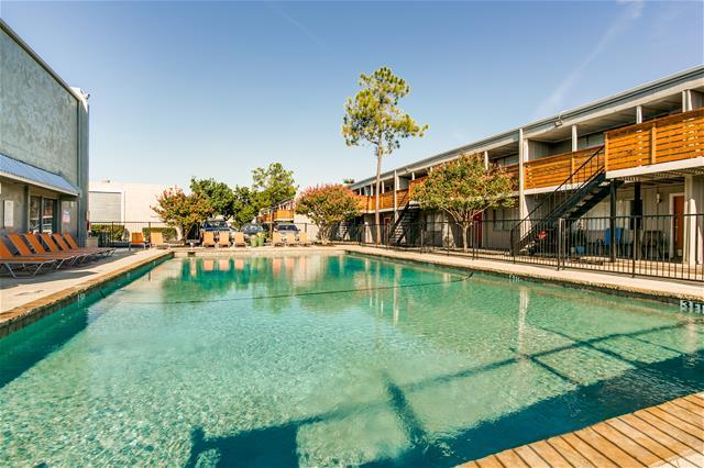 Pool at Listing #136430