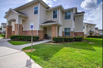 Exterior at Listing #144329
