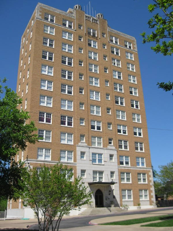 Forest Park Tower Apartments