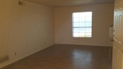 Living at Listing #240519