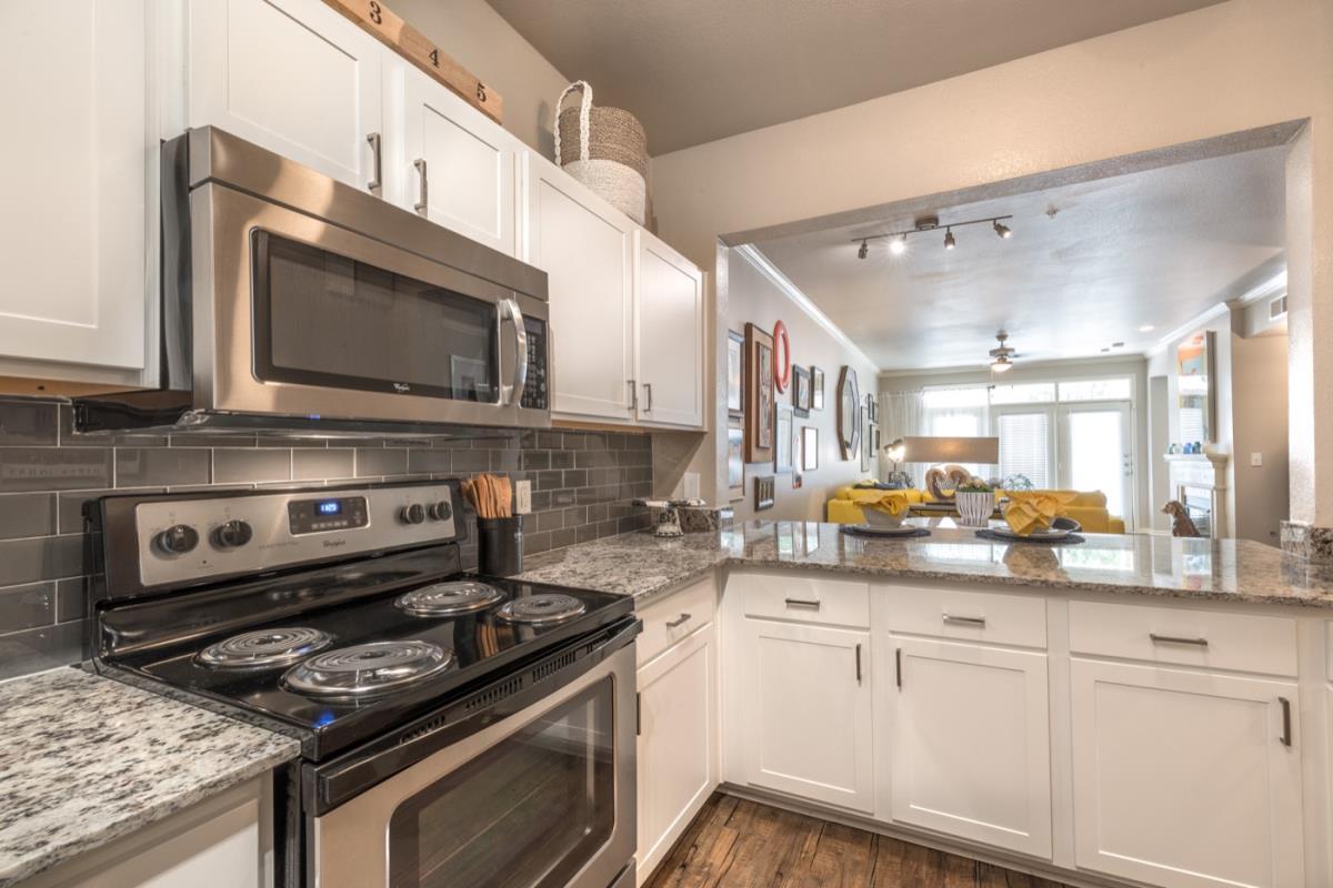 Kitchen at Listing #137897