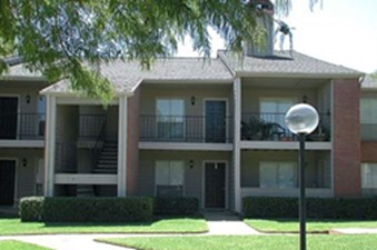 Exterior at Listing #136500