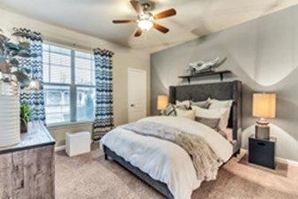 Bedroom at Listing #145851