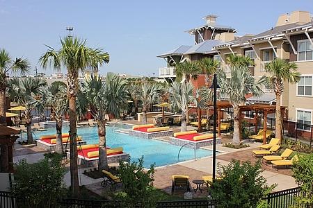 Pool at Listing #151626