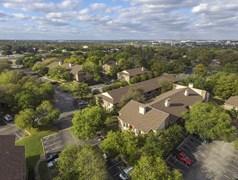 Cricket Hollow Apartments Austin TX