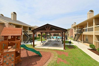 Brookmore Hollow Rosenberg 789 For 1 Amp 2 Bed Apts