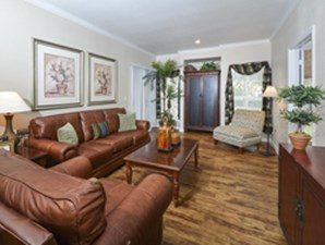 Living at Listing #141304