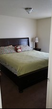 Bedroom at Listing #141031