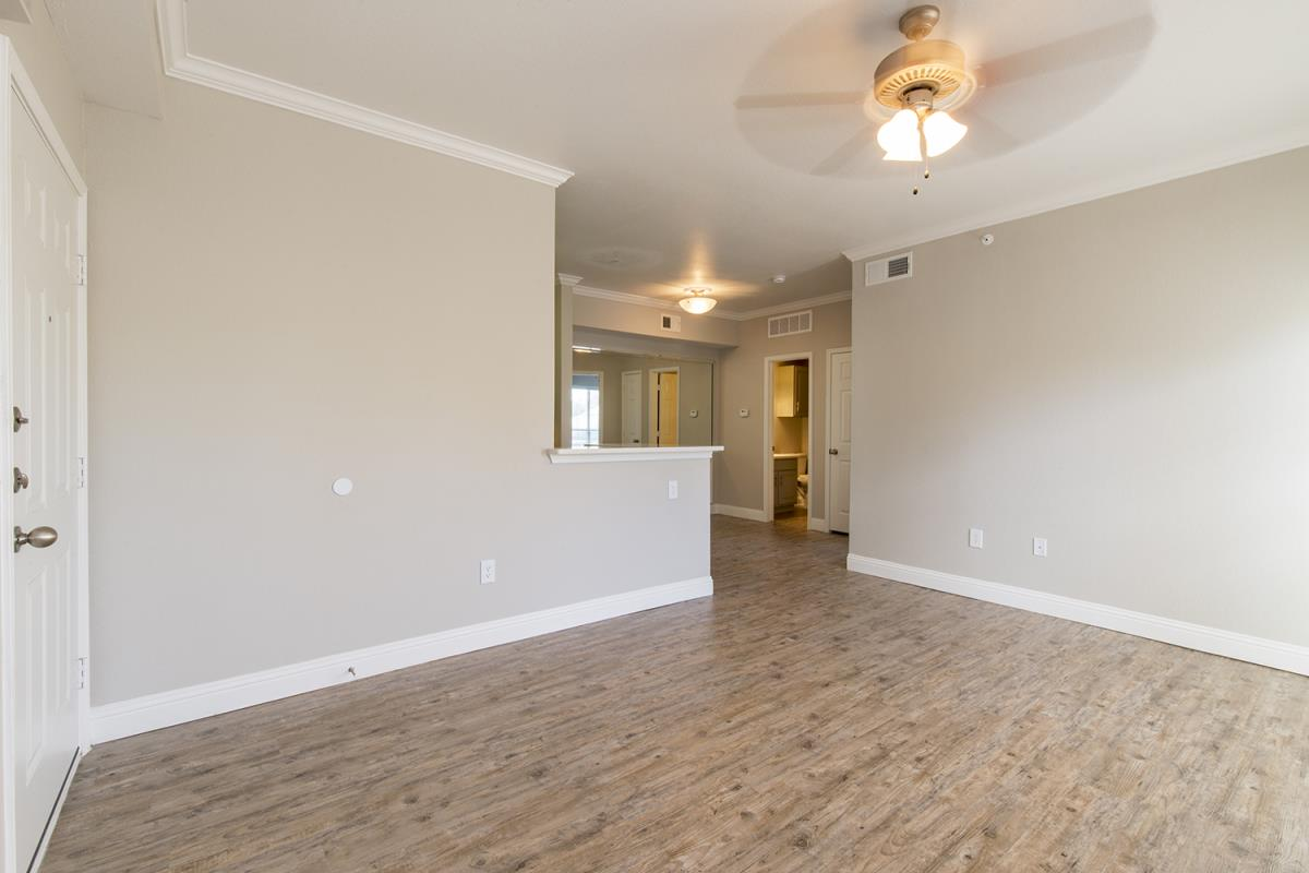 Living at Listing #137653