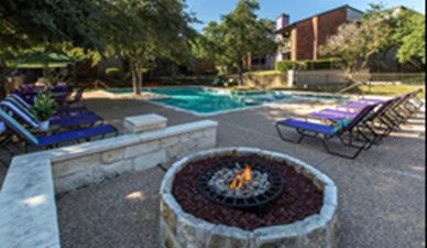 Fire Pit at Listing #140194