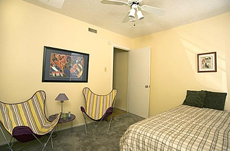 Bedroom at Listing #140187