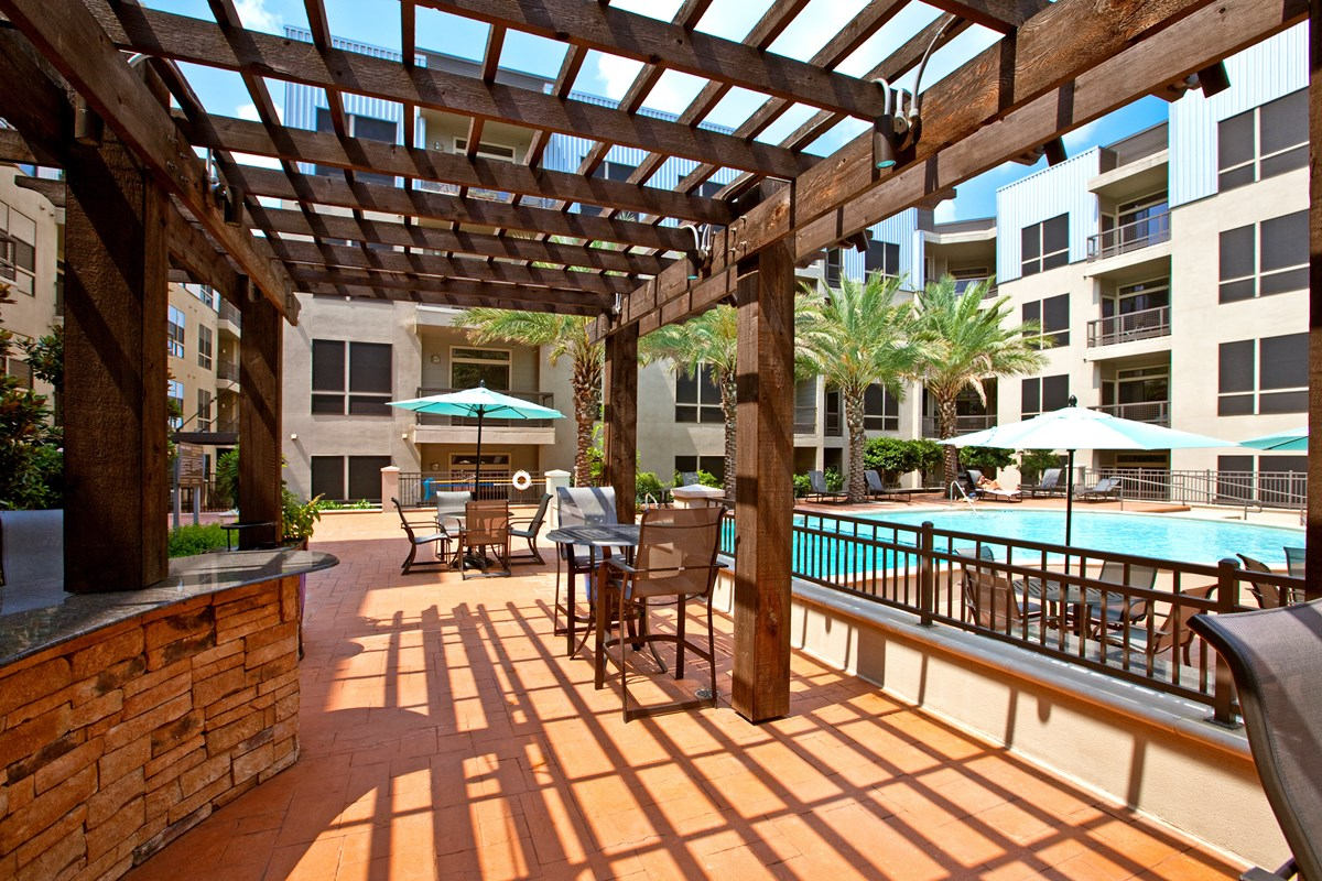 Lounge at Listing #145011