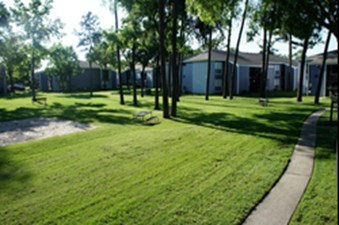 Exterior at Listing #138542