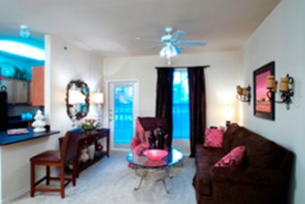 Living Room at Listing #144616