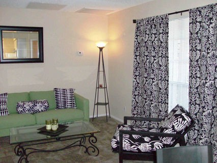 Living at Listing #140335