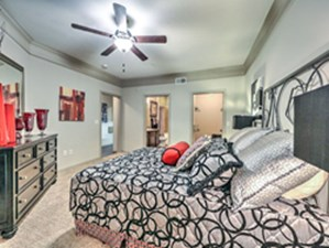 Bedroom at Listing #151536