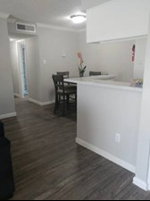 Dining at Listing #229010