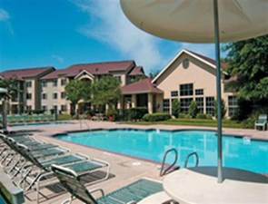 Country Club Creek Apartments In Austin