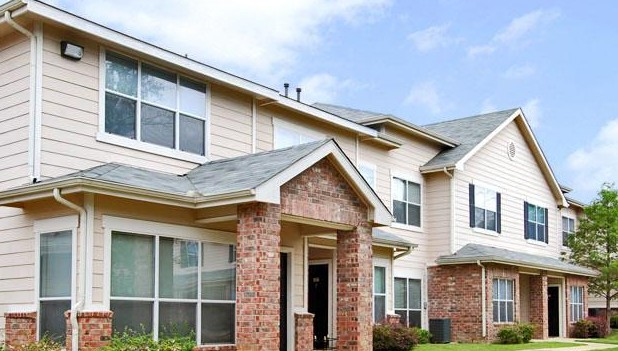 Exterior 3 at Listing #144236