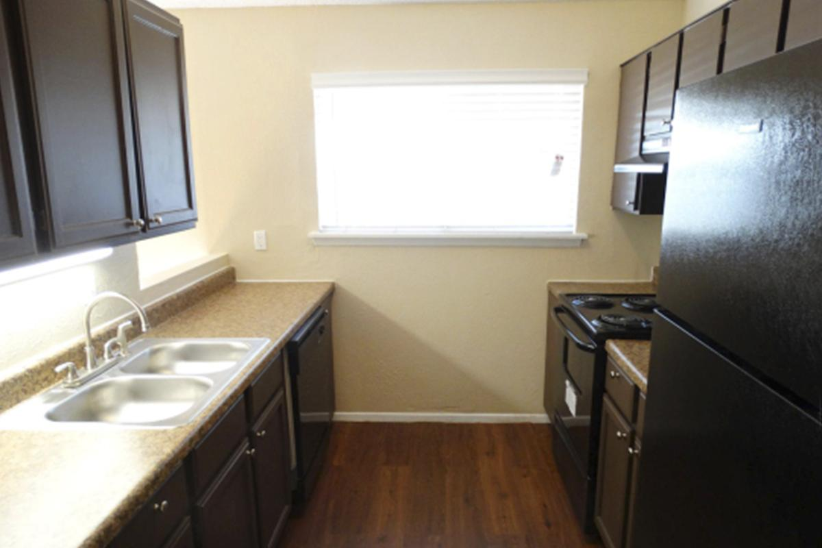 Kitchen at Listing #136839