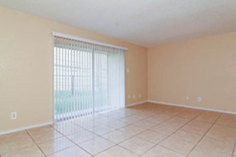 Living at Listing #138000