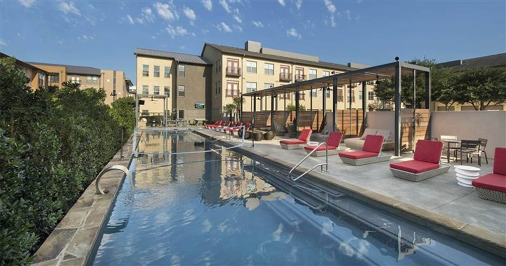 Acqua At Legacy Village Plano 1402 For 1 Amp 2 Bed Apts