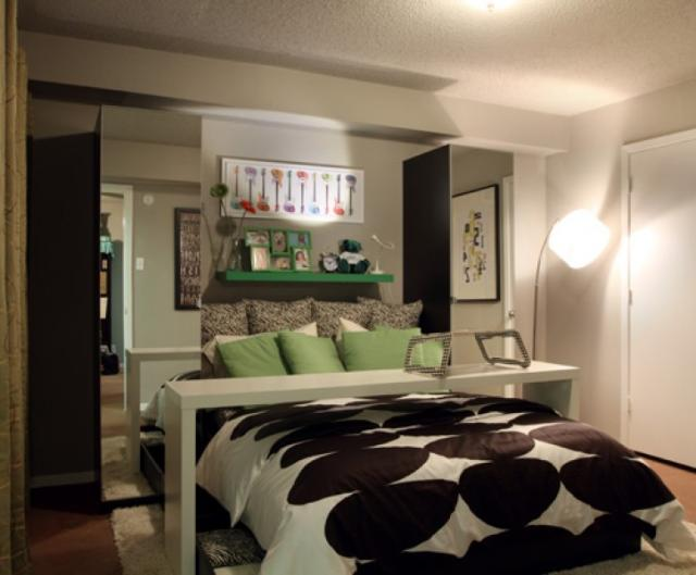 Bedroom at Listing #137543