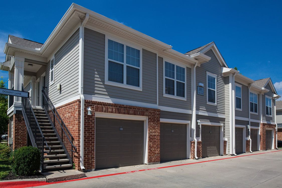 Exterior at Listing #138184