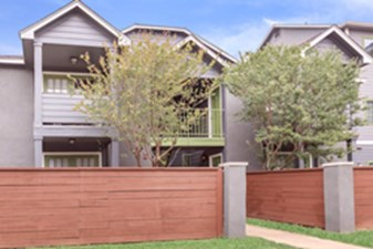 Exterior at Listing #141297