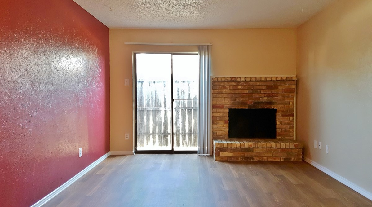 Living at Listing #136253