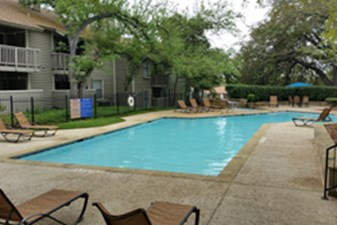 Pool at Listing #140982