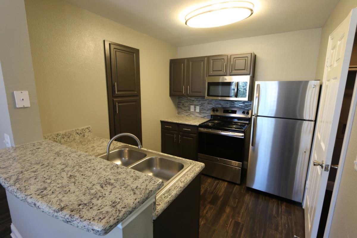 Kitchen at Listing #137944